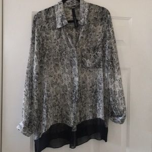 Olivaceous Tops - Beautiful silk blouse